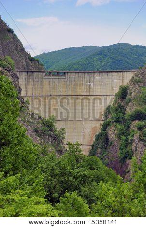 Vidraru Dam Valley View