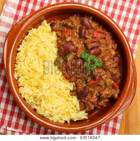 Chilli con carne served with boiled rice.