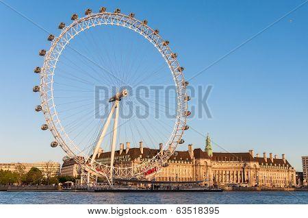 London Eye In Afternoon Sun