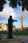 foto of nelson mandela  - At one end of Parliament Square stands a statue honoring South Africa - JPG