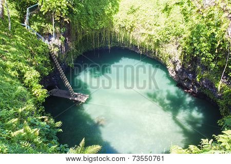 To Sua Ocean Trench