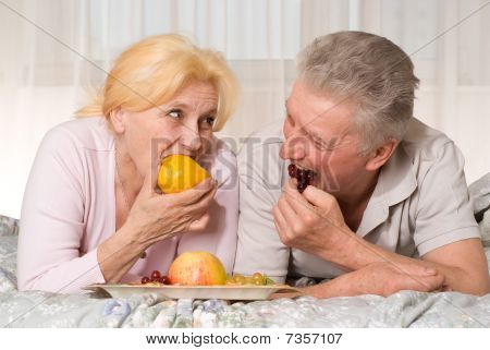 Old Couple L Eats Fruit