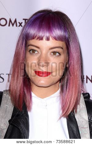 LOS ANGELES - OCT 9:  Lily Allen at the Charlotte Tilbury Makeup Your Destiny Beauty Festival at The Grove on October 9, 2014 in Los Angeles, CA