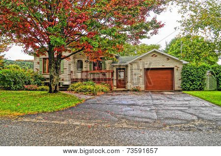 Maison plain-pied au couleur d'automne