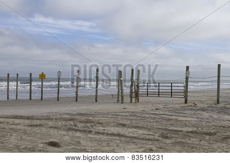 Beach Fence Barrier