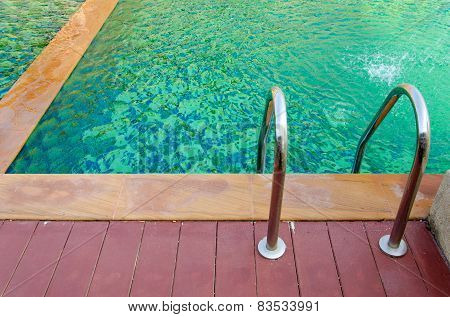 Geen Swimming Pool At Hotel With Staircase