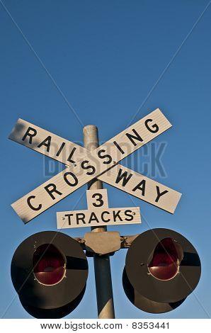 Railway Crossing Warning Signs & Lights