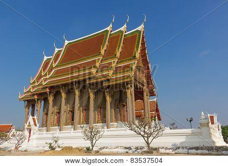 temple at Wat Pra kuaw