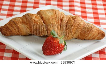 Croisant And Strawberry