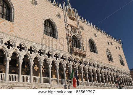 Doge's Palace And The Italian Flag In Venice