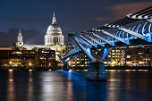 picture of london night  - Night time in London - JPG