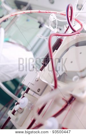 Apparatus For Hemodialysis In The Patient's Room In The Hospital