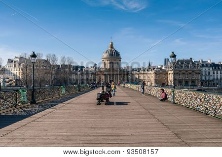 Lockers at Pont des Arts