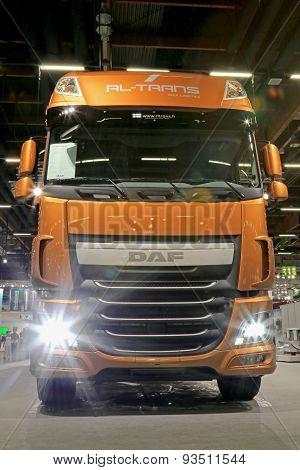 Daf Xf 510 Euro 6 Truck Tractor Headlights