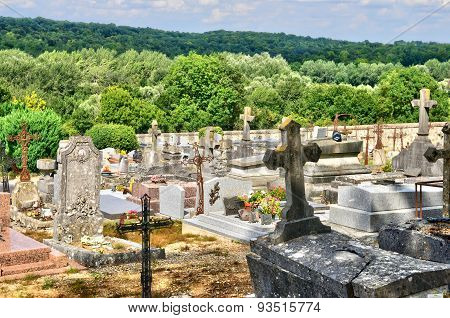 France, The Cemetery Of Delincourt In Oise