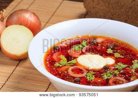 Borscht with vegetables
