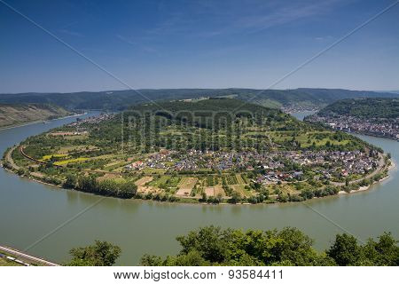 Great Bow Of The Rhine River