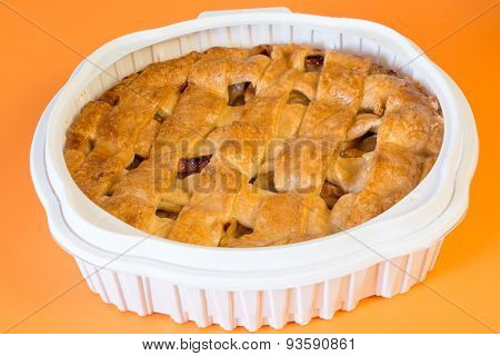 Whole Apple Pie in Plastic Tray