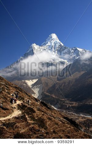 Ama Dablam views on Everest trek.