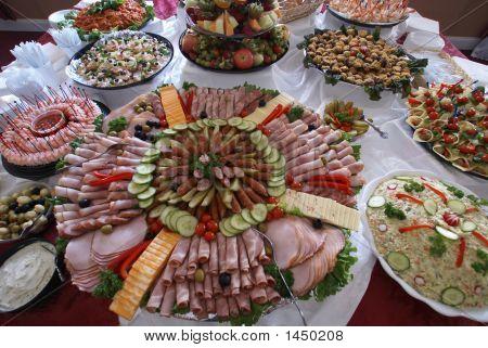 Essen serviert