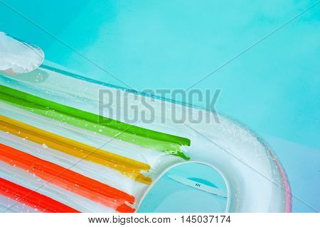 Color mat water in a swimming pool