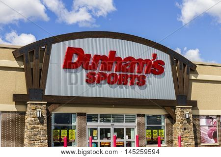 Muncie - Circa September 2016: Dunham's Sports Retail Strip Mall Location. Dunham's Sports is a Sporting Goods Chain Located in the U.S. Midwest I
