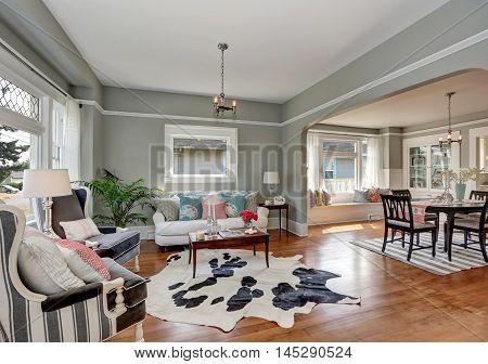 Elegant Gray Living Room With Nice Interior Design
