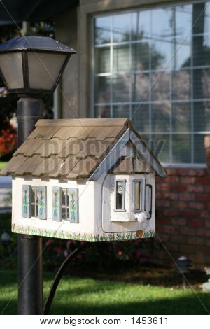 Little House Mailbox