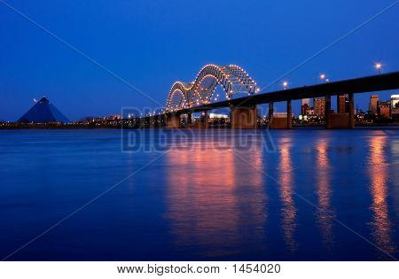 Memphis Bridge Over Mississippi River