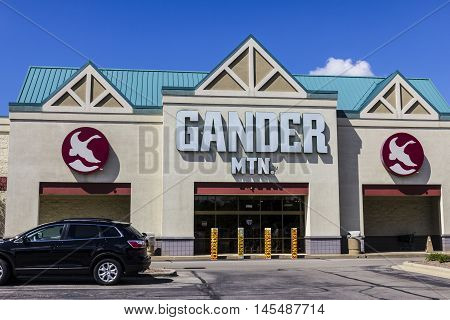 Indianapolis - Circa September 2016: Gander Mountain Retail Strip Mall Location. Gander Mountain Is