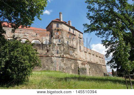 Horsovsky Tyn Castle - large castle from 13th century