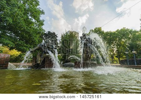 Fountain With Statues