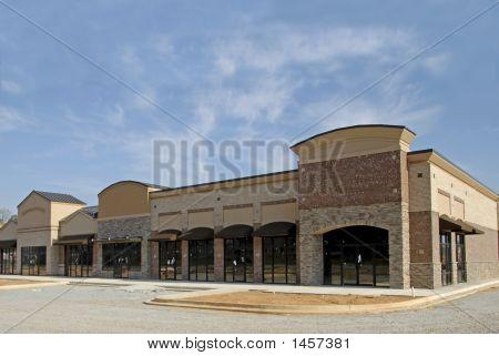 Plaza de venta por menor