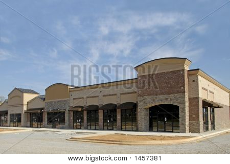 Retail Plaza