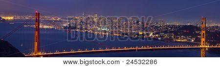 Golden Gate Bridge sobre Baía de São Francisco