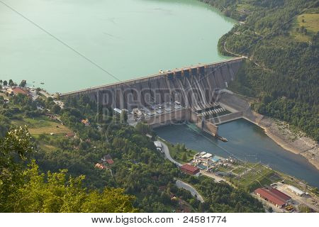 Hydroelectric Power Station, Perucac Dam
