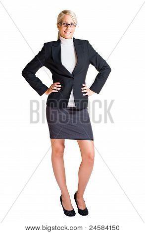 Comprimento total retrato de mulher de negócios loiro.