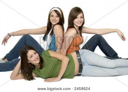 3 Teenage Girls