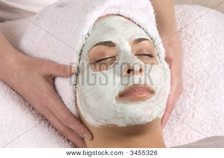 Spa Organic Facial Masque Hands On