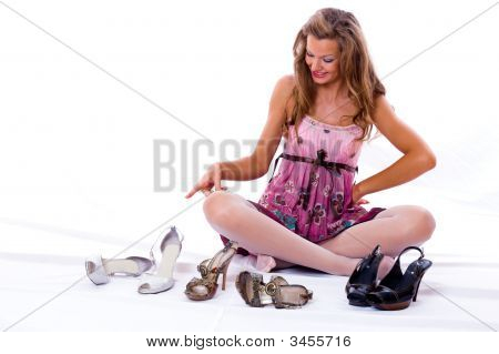 The Choice Of Shoes Is Very Difficultly.