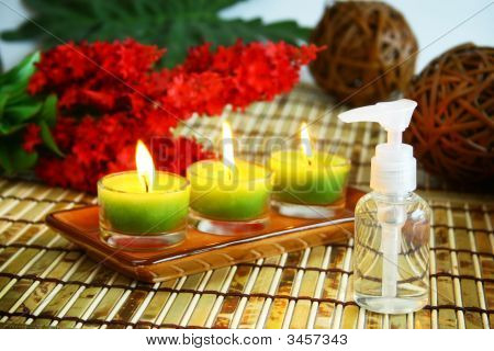 Essentials Oils Therapy