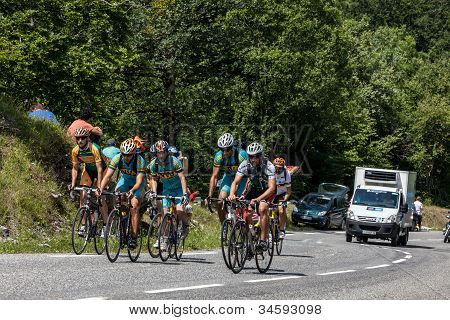 Group Of Amateurs Cyclists