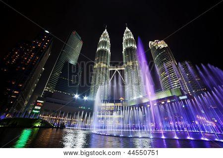 Fountain light show of Petronas Twin Towers