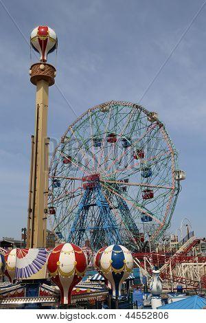 Wonder Wheel at the Coney Island amusement park
