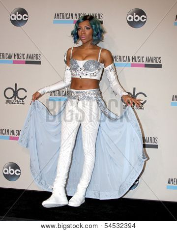 LOS ANGELES - NOV 24:  Lil Mama at the 2013 American Music Awards Press Room at Nokia Theater on November 24, 2013 in Los Angeles, CA