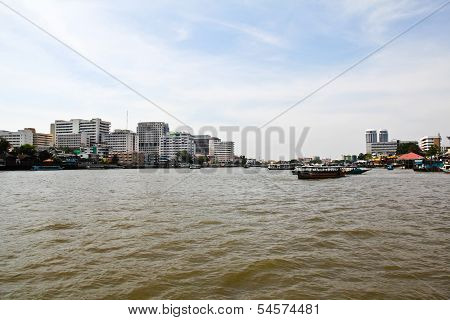 Scenic View Of The Chao Praya River In Bangkok,thailand.