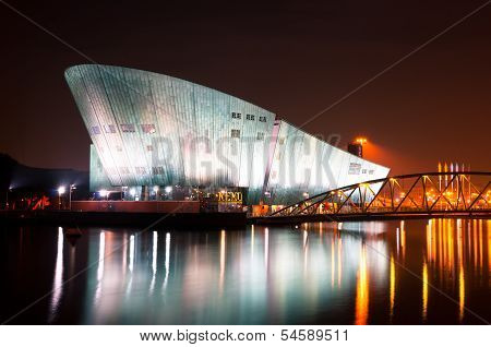 Nemo Museum by Night