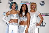 LOS ANGELES - NOV 24:  Lil Mama, TLC at the 2013 American Music Awards Press Room at Nokia Theater o