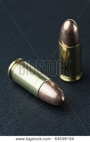 Pair of bullet cartridges