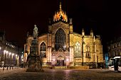 foto of square mile  - Night view of St Giles Cathedral - JPG